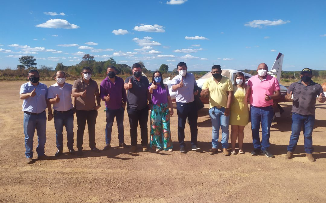 Deputado Estadual Allan Kardec visita Santa Terezinha e firma o compromisso de destinar 100 mil reais para a revitalização do Ginásio de Esportes Ana Flávia Maciel